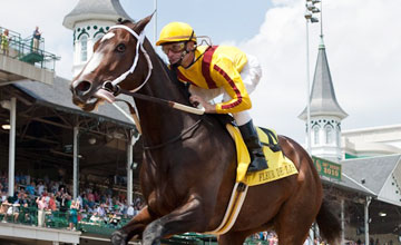Rachel Alexandra wins the Fleur de Lis Handicap at Churchill Downs 12.06.2010