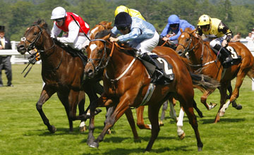 Approve wins the Norfolk Stakes at Royal Ascot 17.06.2010