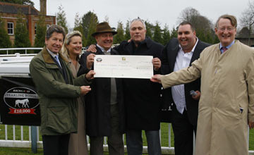 Racing Post Yearling Bonus presentation. Lingfield, 29.03.2010