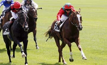 Lope De Vega beats Dick Turpin in the Poule D'Essai Des Poiulains Group 1 Longchamp 16.05.2010