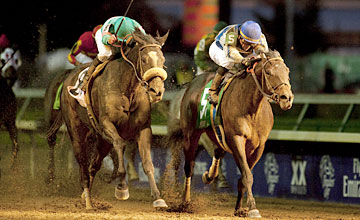 Blame (right) beats Zenyatta in the classic at Churchill Downs Louisville 6.11.10