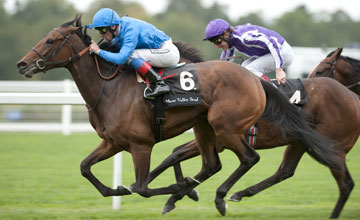 White Moonstone Wins the Meon Valley Stud Fillies Mile Ascot 25.09.2010