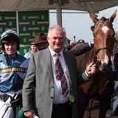 Dai Walters and Barry Geraghty with Oscar whisky Aintree 9/04/2011