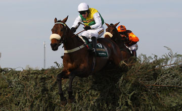 Ballabriggs wins the Grand National at Aintree 09.04.2011
