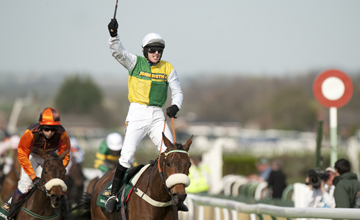 Ballabriggs wins The Grand National Aintree 09.04.2011