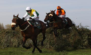 Oscar Time behind Ballabriggs at Aintree 09.04.2011