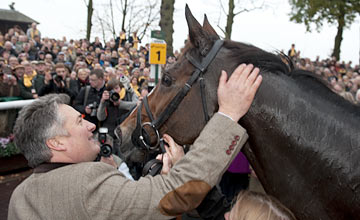 Paul Nicholls and Kauto Star - Haydock 19.11.2011