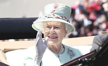 Queen Elizabeth - Royal Ascot 2011