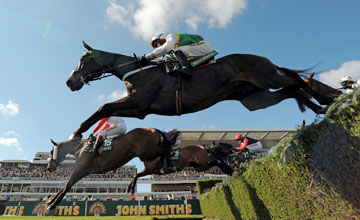 Cloudy Lane - Aintree 12/04/2012