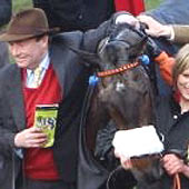 Long Run - Cheltenham 2011