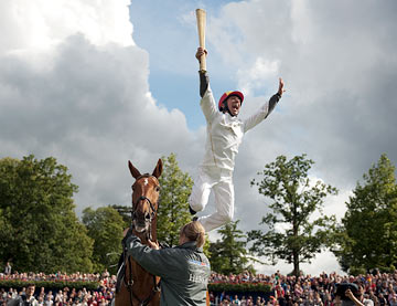 Dettori with torch