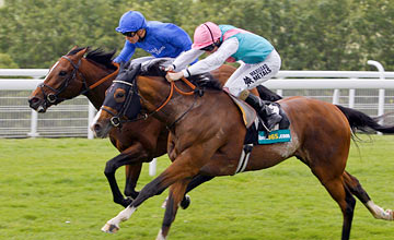 Noble Mission wins from Encke - Goodwood 31/7/2012