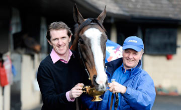 Synchronised homecoming after Gold Cup win, with Tony McCoy and Jonjo O'Neill