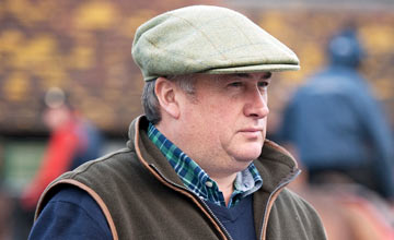 Paul Nicholls: saddles top-weight Roger Beantown