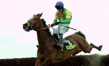 KAUTO STAR with R Walsh winning totesport Cheltenham Gold Cup at Cheltenham 16 March 2007