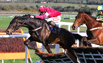 Un Atout and Davy Russell - Punchestown 26.04.2013