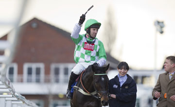Medinas and Wayne Hutchinson - Cheltenham 13/03/2013