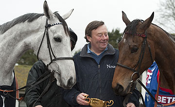 Nicky Henderson with Simonsig and Bobs Worth - 16.03.13