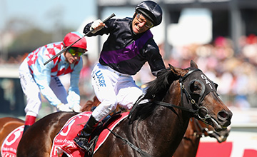 Fiorente wins the Melbourne Cup - Flemington, 5/11/2013Fiorente2