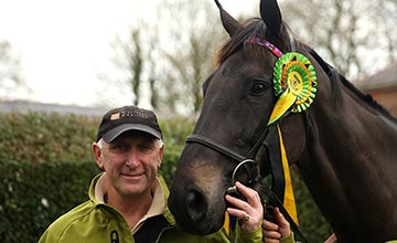 Trainer Oliver Sherwood poses with Many Clouds
