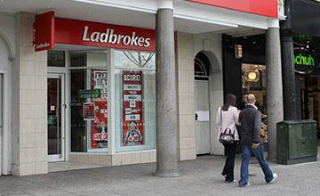 Ladbrokes-360