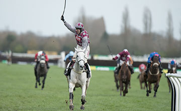 Smad Place: emphatic Hennessy hero heads to Cheltenham in January