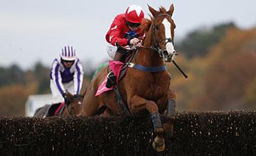Jamie Moore riding Sire De Grugy