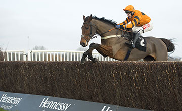Thistlecrack: set for a second experience of the chase course at Cheltenham