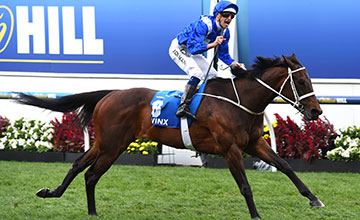 Hugh Bowman riding Winx